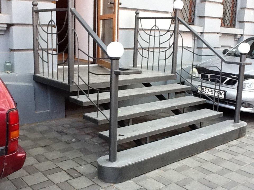 Производство и сварка: металлические лестницы в Одессе и области рис.1