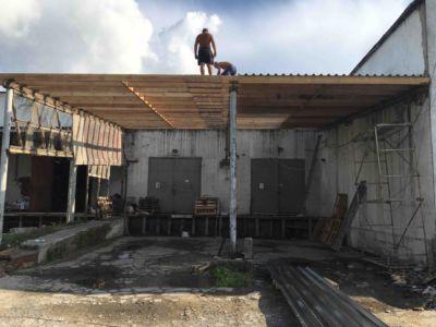 Кровельные работы - крыша, навес, профнастил Одесса (фото id3034)
