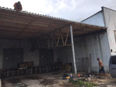 Кровельные работы - крыша, навес, профнастил Одесса (фото id3036)