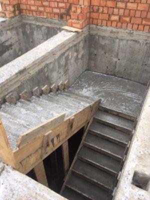 Строительство, кирпичная кладка, бетонные работы, лестницы  (фото id1068)