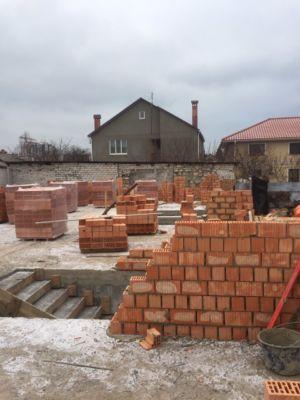 Строительство, кирпичная кладка  (фото id1068)