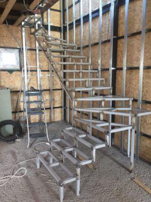 Каркасное строительство, сварочные работы, лестницы (фото id1053)
