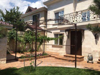 Сварочные работы, навесы, козырьки, балконы, арки, металлоконструкции (фото 981)