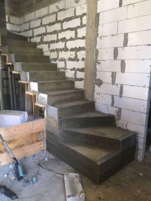 Бетонные работы - лестница (фото 9)
