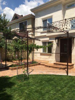 Сварочные работы, навесы, козырьки, балконы, арки, металлоконструкции (фото 980)