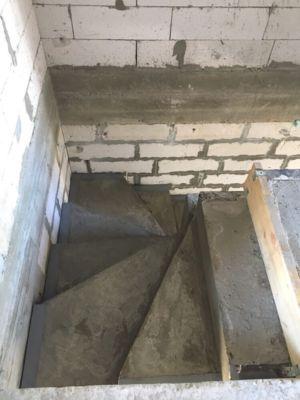 Бетонные работы - лестница (фото 3)