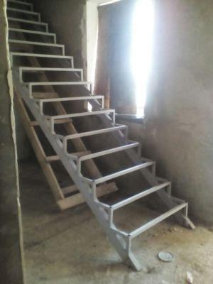 Сварные лестницы в Одессе (фото 5)