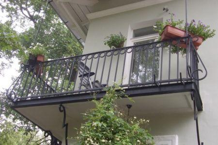 Сварка и вынос балконов в Одессе рис. 1