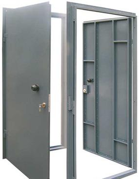 Сварные металлические двери в Одессе и области (фото 4)