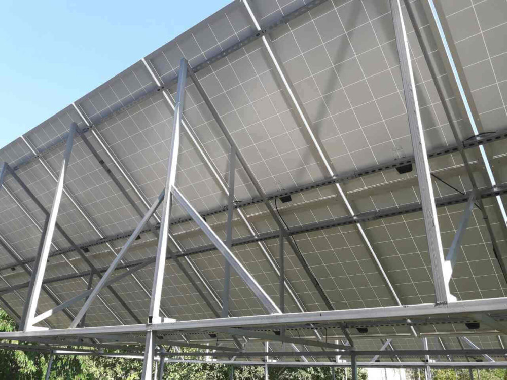 Опоры и панели для солнечных батарей
